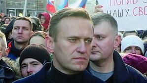 Opositor de Putin vai ser tratado na Alemanha