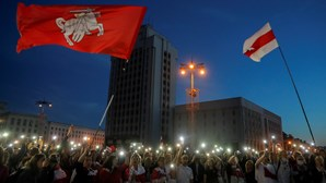 Dezenas de pessoas detidas em manifestação feminina na Bielorrússia