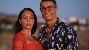 """""""És a minha inspiração"""": Georgina mostra-se em videochamada com Cristiano Ronaldo que está infetado com Covid-19"""