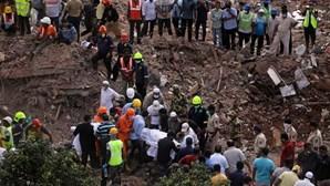 Trabalhos de resgate terminam em prédio desabado na Índia com 16 mortos