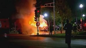 Motins após novo caso de violência policial nos EUA