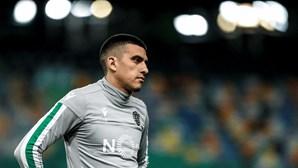 """Battaglia anuncia adeus ao Sporting: """"Nunca soltei a mão a este grande clube"""""""