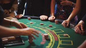 Casinos de Angola parados há 14 meses estão à beira da falência e pedem retoma