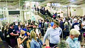Falta de inspetores leva caos ao Aeroporto de Faro