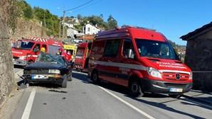Despiste faz quatro feridos em Guimarães. Adolescente entre as vítimas