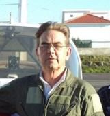 Carlos Conde d'Almeida , piloto-instrutor, foi acusado