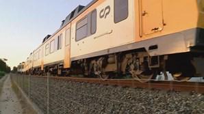 Comboio colide com carro e faz um morto em Leiria