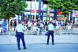 Pouco público nas imediações do Cidade de Coimbra