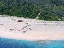 Três homens resgatados de ilha do Pacífico após escreverem 'SOS' na areia