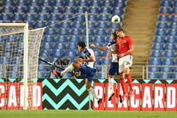 Futebolistas poderão continuar a jogar na Liga portuguesa, em 2020/21, perante cadeiras vazias se a DGS assim decidir