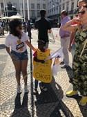 Fotografia de menina negra na manifestação do Chega gera revolta