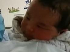 Mãe abandona filho bebé com um dia de vida por 'não ter dinheiro para o criar'