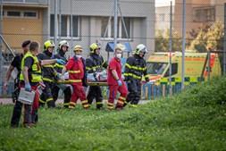 Incêndio em prédio de apartamentos faz 11 mortos na República Checa. Três crianças entre as vítimas