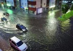 Tempestade inunda ruas e destrói culturas em Trás-os-montes