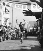 Alves Barbosa foi o primeiro português num tour: em 1956 e Terminou em 10.º lugar.