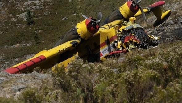 Morreu o segundo piloto ferido em queda de Canadair durante combate a incêndio no Gerês