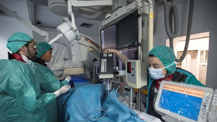 Muitos recém-especialistas estiveram na linha da frente no combate à pandemia de Covid-19