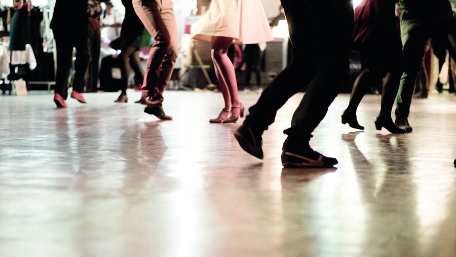 Dança, dançar, salão de dança