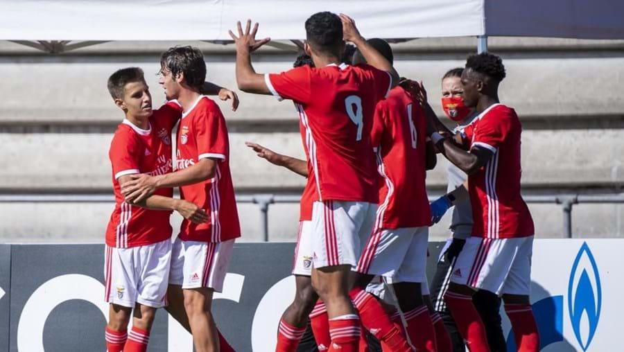 Benfica celebra ao vencer Ajax