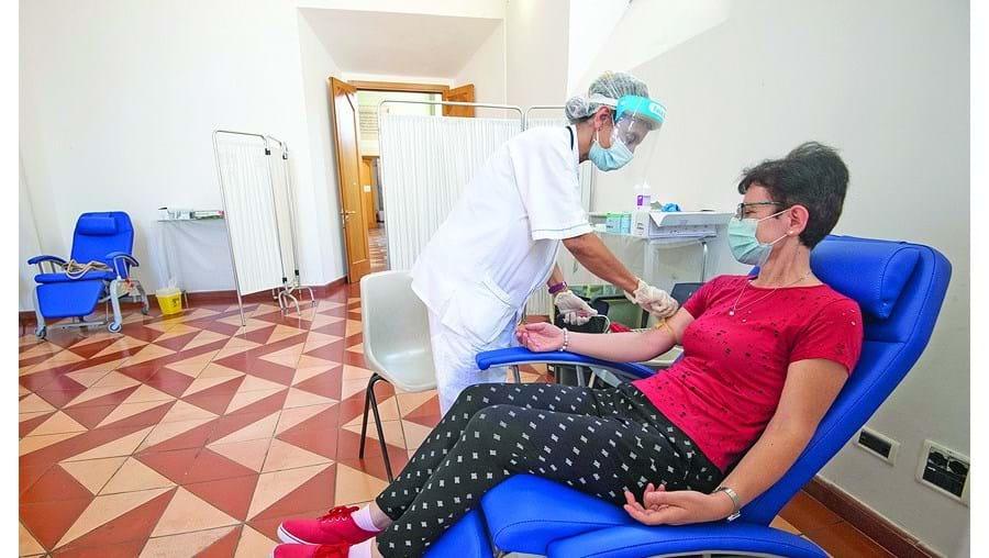 Foram registadas 3.909 novas infeções entre 17 e 30 de agosto