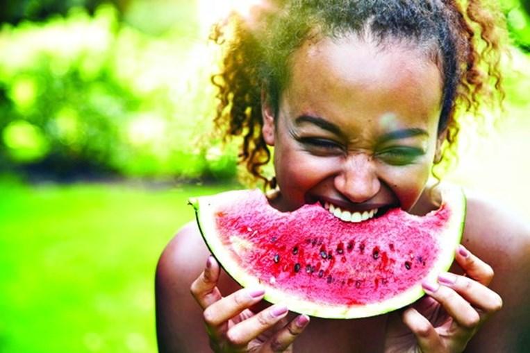 Melancia é uma fruta rica em água