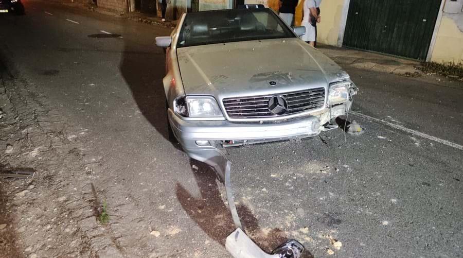 Homem ferido em despiste de carro em Grijó