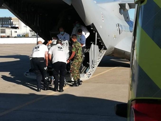 Força Aérea transporta dois bebés dos Açores para o continente