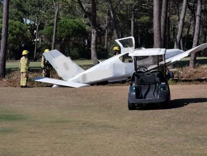 Avioneta aterra de emergência no campo de golf dos Oitavos em Cascais