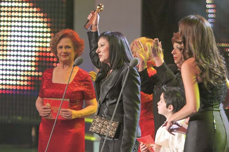 A receber um Globo de Ouro, em 2005 3