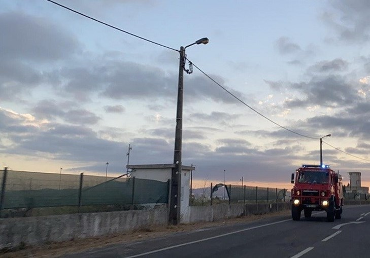 meios aéreos, incêndio, Sintra