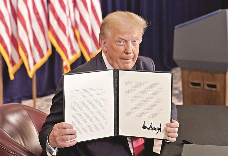 Donald Trump anunciou decretos com ajudas à economia dos Estados Unidos