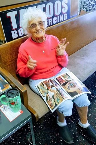 Idosa de 103 anos