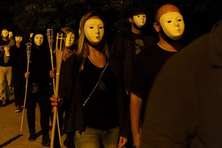 SOS Racismo denuncia 'parada Ku Klux Klan' em frente à sua sede e apresenta queixa no MP