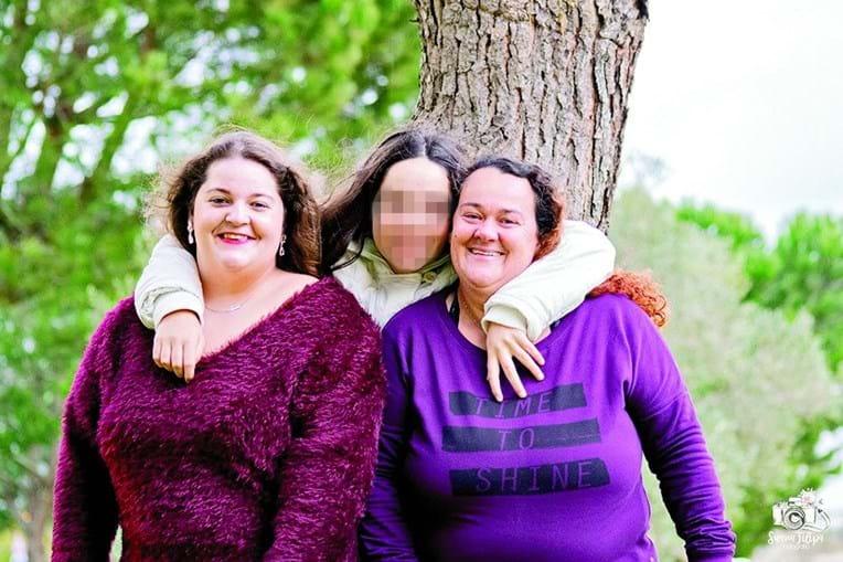 Tânia e Nair, de 21 e 14 anos, ficam órfãs de mãe