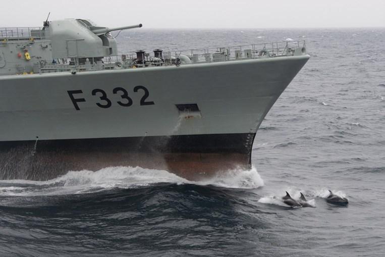 """Missão da NATO controla navios russos no Mar do Norte -  Fragata """"Corte-Real"""""""