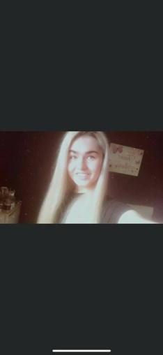Ellie Anderson, a jovem de 16 anos que faleceu