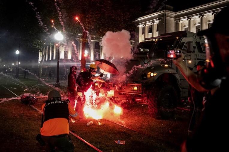 Terceira noite de protestos em Kenosha