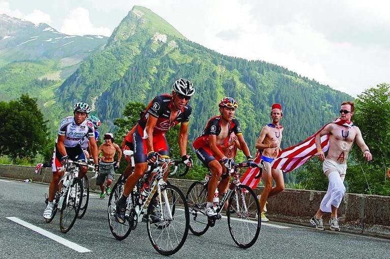 Armstrong foi o ciclista que venceu mais edições: sete. Mas retiram-lhe todas por doping.