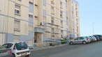 Menina dá à luz sozinha e esconde bebé na varanda em Torres Vedras