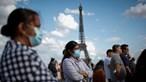 Casos diários de Covid-19 aumentam na Europa e países endurecem medidas