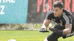 Guarda-redes do Benfica infetado com Covid-19