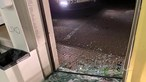 Videovigilância apanha gang a assaltar pastelaria em Vila Verde. Caixa registadora estava vazia