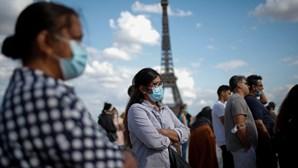 França vai obrigar viajantes europeus a apresentar teste PCR negativo à Covid-19