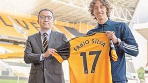 Fábio Silva escolhe Wolverhampton para realizar sonho de jogar na 'Premier League'