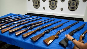 Guerra de famílias leva PJ a arsenal de armas