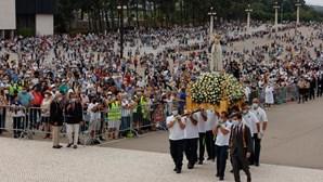Peregrinos enchem Santuário de Fátima durante cerimónia de 13 de setembro