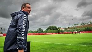 """""""Temos muito para evoluir"""", afirma Carlos Carvalhal sobre Sp. Braga"""