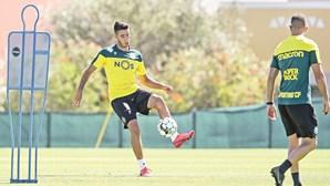 Covid-19 ataca no Sporting e Benfica. Leões têm arranque da Liga em risco