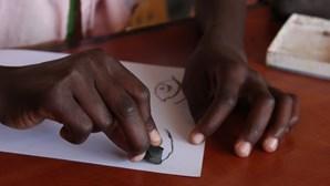 Governo da Guiné-Bissau adia início do ano letivo para 5 de outubro