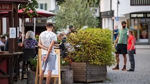 Alemanha impõe confinamento parcial a partir de segunda-feira